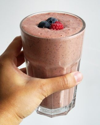 GRANOLA RECIPE   Jamie Oliver Healthy Breakfast Smoothie & Porridge
