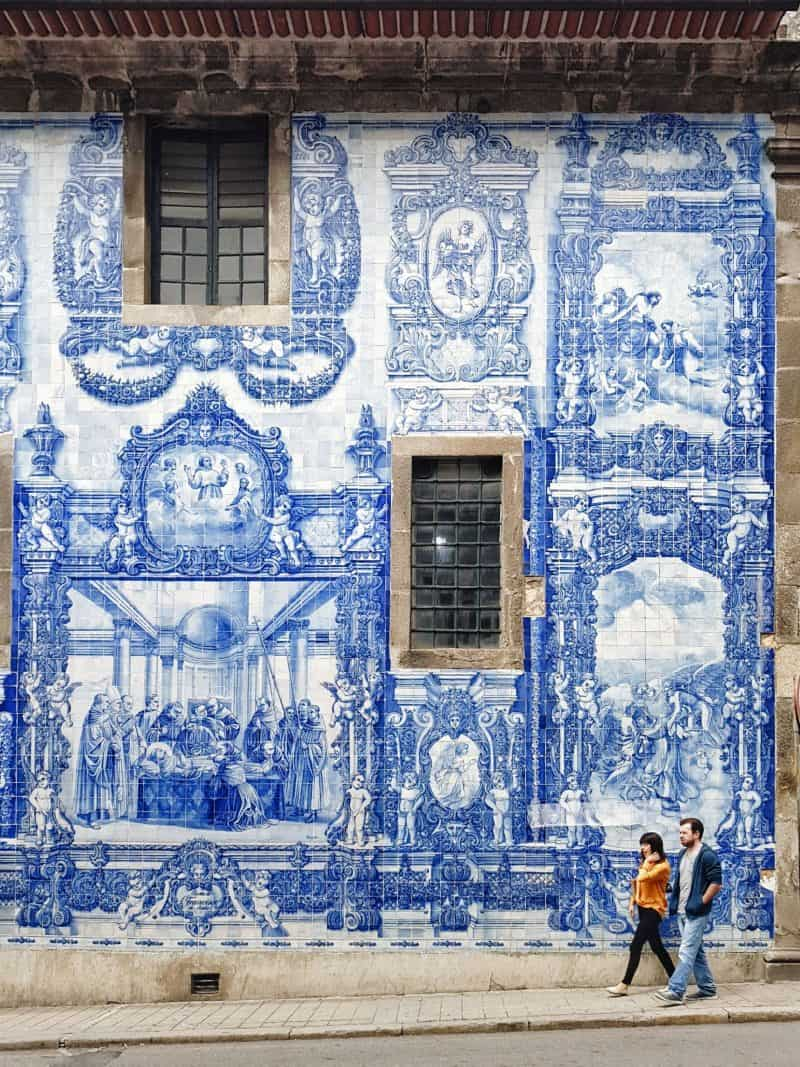Porto tiles - GROUP TRAVEL | 10 things To Expect From An Intrepid Travel Tour